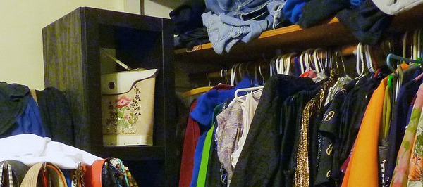 Organize Your Wardrobe With Clusters Clothing Dividers