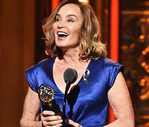 2016 Tony Awards Jessica Lange by Manhattan Wardrobe Supply